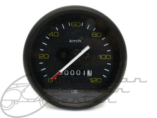 Early P-Series Speedometer - Click Image to Close