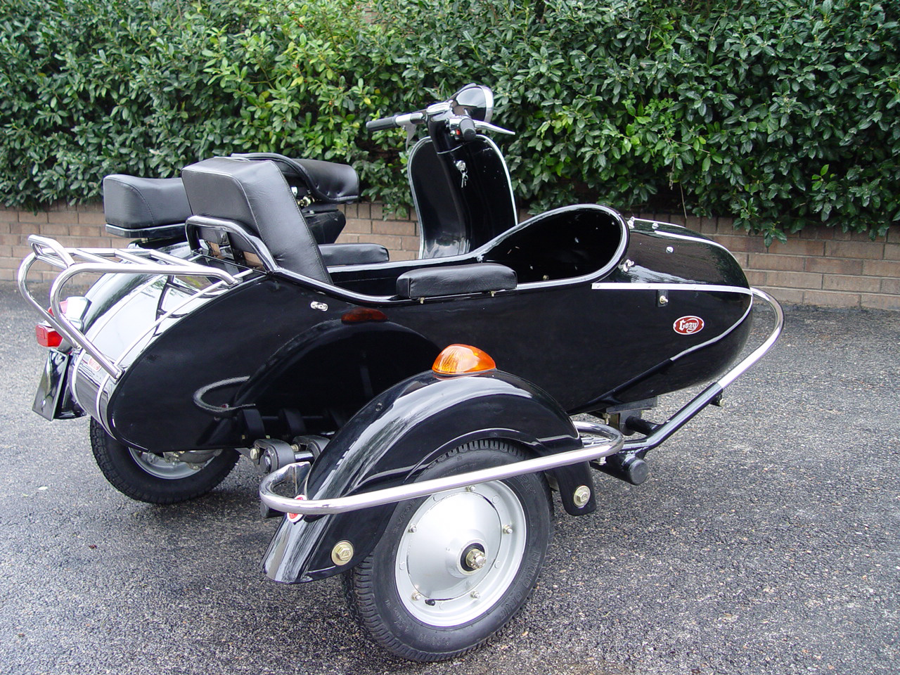 SOLD Vespa Sidecar Rig - Click Image to Close